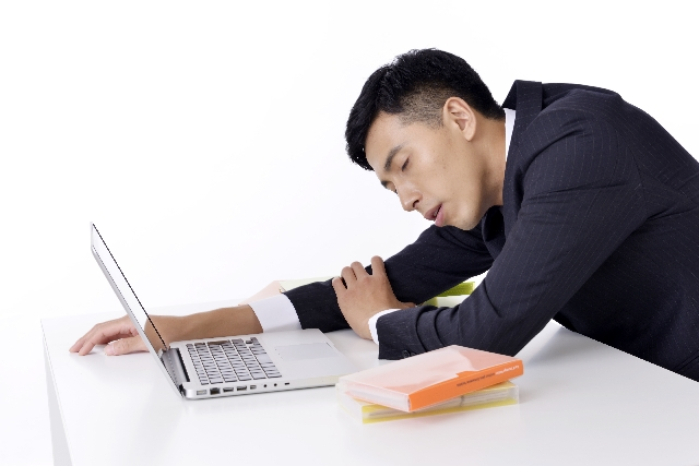 疲れたパソコン