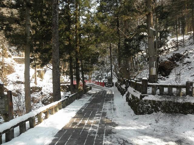 榛名神社_みそぎ橋までの道